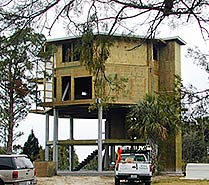 Prefab hurricane proof stilt home by Topsider Homes