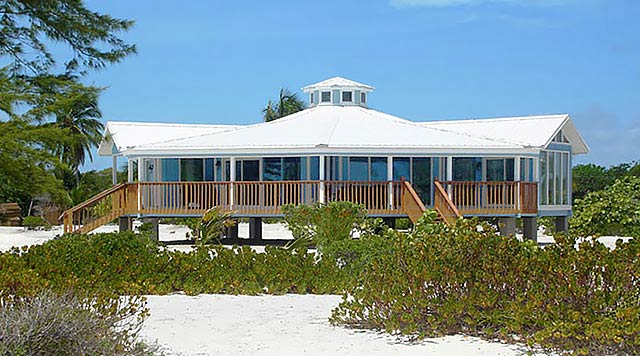 Topsider Homes short pier – stilt house built on South Andros Island, BAHAMAS