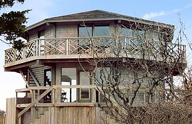 Long Island, New York elevated stilt hurricane-proof house