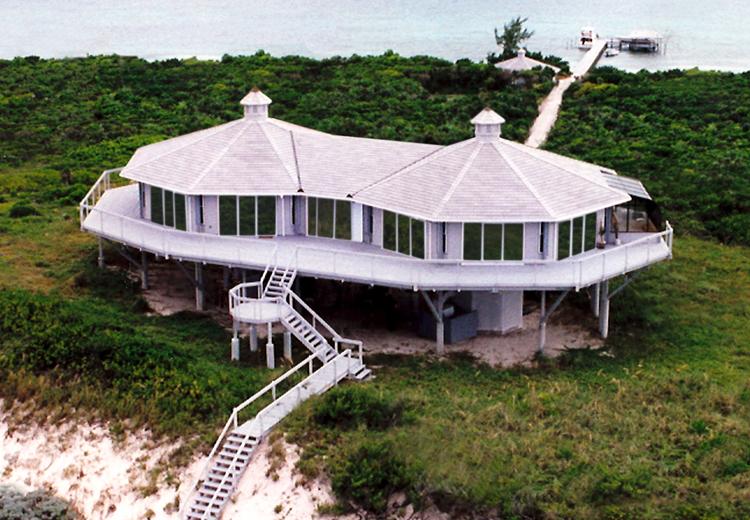 Beachfront homes oceanfront homes stilt houses stilt for Stilt house kits